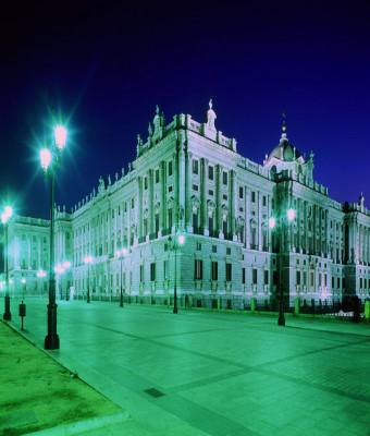 Panorámica de Madrid y visita guiada por el Palacio Real con acceso prioritario