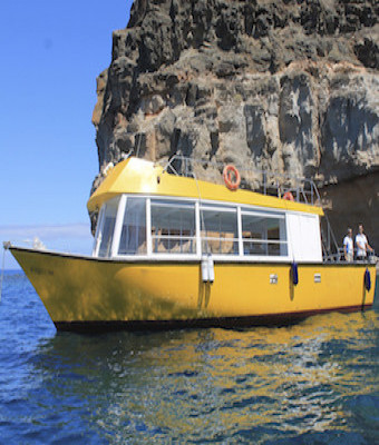 YELLOW BOAT MOGAN Boat and snorkel excursions
