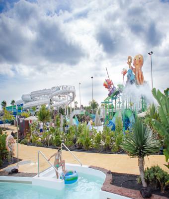 Aqualava Water Park con transporte