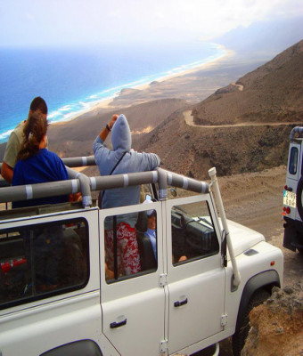 Discovery Jeep Safari