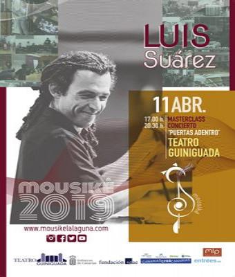 LUIS SUÁREZ - PUERTAS ADENTRO