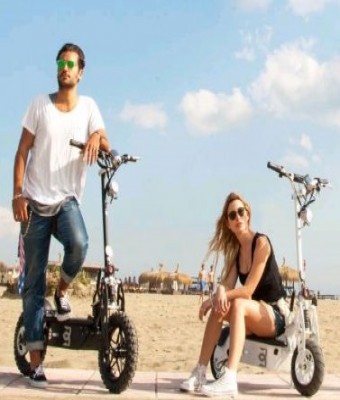 Rent an Electric Scooter: E-Scooter Chopper 2 seats - E-Scooter Cross 1 seat