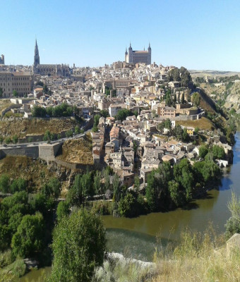 Segovia and Toledo from Madrid with Exclusive Cathedral Access