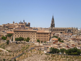 Enjoy Toledo at your leisure from Madrid