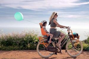 http-_ipadairplus.net_wp-content_uploads_2014_08_yepp-maxi-bike-child-seat-orange-use1-e1499687939721