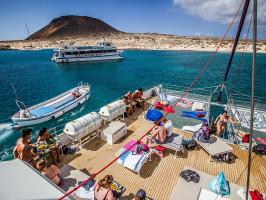 Excursión en catamarán - I Love La Graciosa