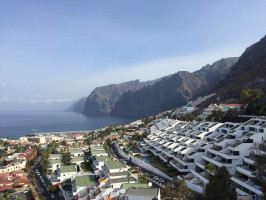 Vista-de-Los-Gigantes-desde-le-mirador-tenerife-today-paradise-mountains-sea-relax-vacation
