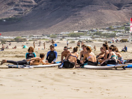 Surf, Stand Up Paddle and Kitesurf School