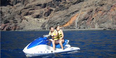 jet-ski-safari-couple
