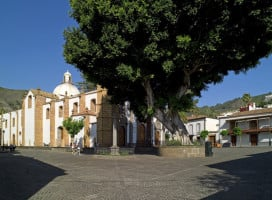 plaza iglesia teror