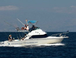 boat-no-limits-fishing-605x465