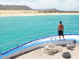 Graciosa Beach: barco con visión submarina