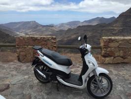 Aquiler de scooter con seguro básico